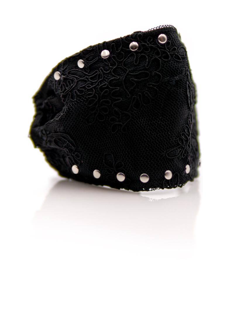 Lace-studded